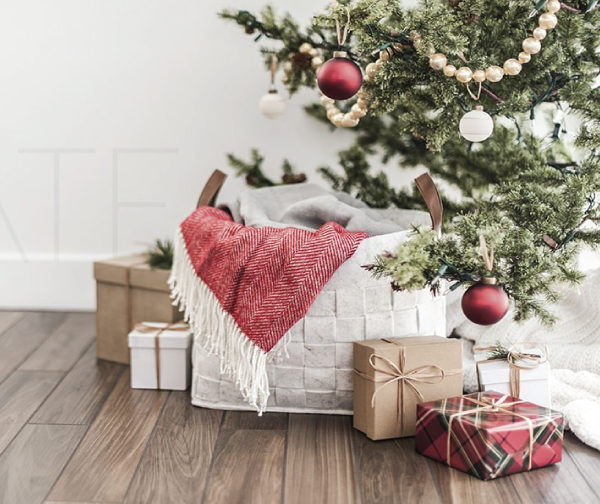 Holiday Crafts and DIY Gifts Roundup